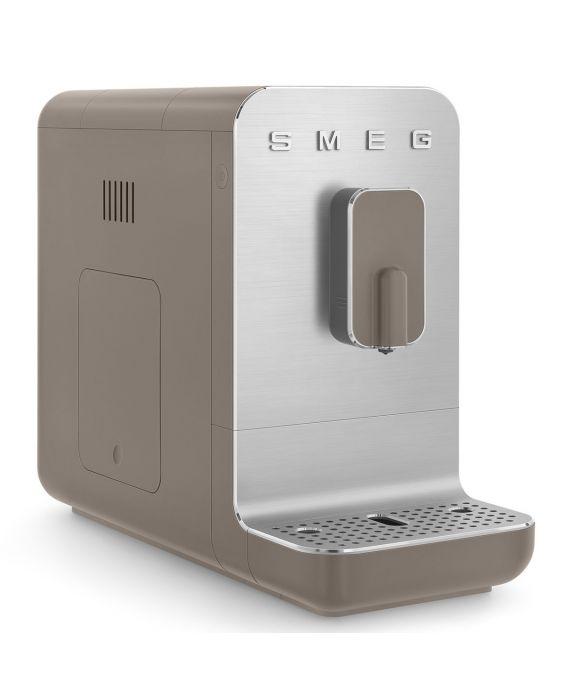 SMEG Kaffeevollautomat BCC01