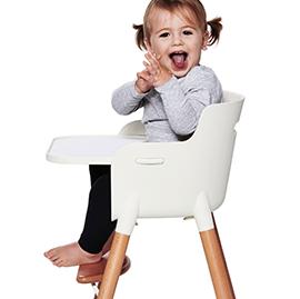 Kinderstühle & Tische
